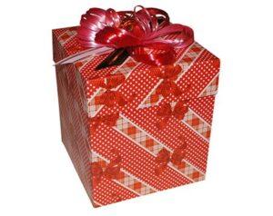 коробка куб для подарка с бабочками
