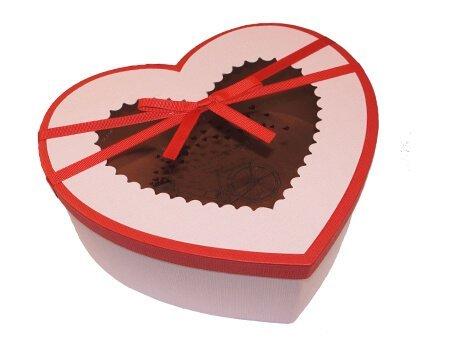 коробка розовое сердце с окошком